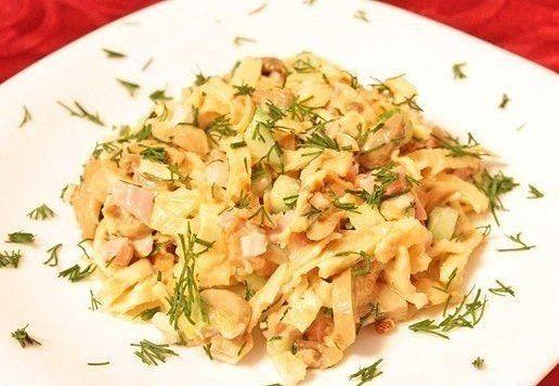рецепт салатов с яичными блинами