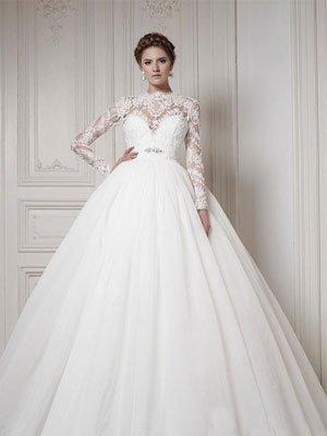 Кроме того каждая невеста может надеть свою свадьбу длинное свадебное платье с полупрозрачными рукавами, пышным