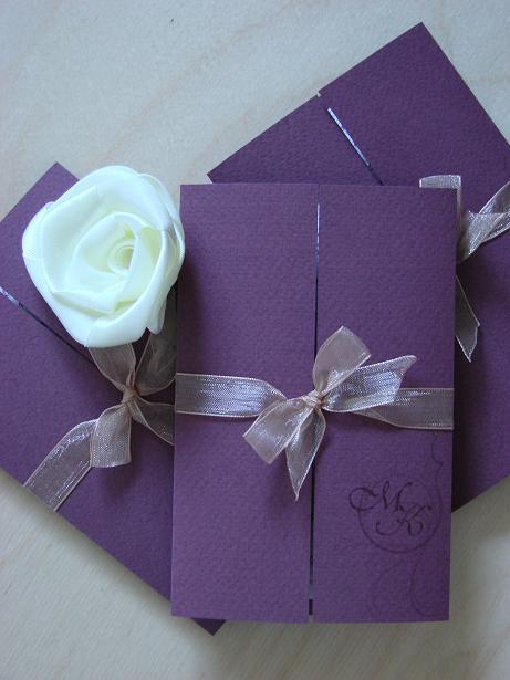 фиолетовые пригласительные на свадьбу