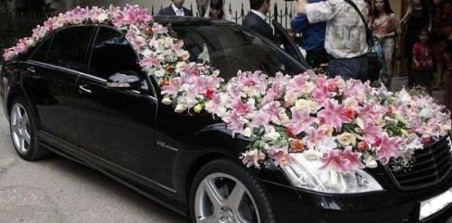 как украсить свадебную машину фото