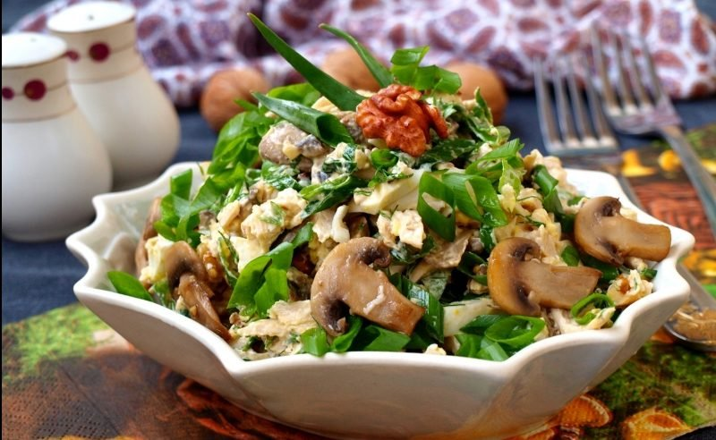 Салаты с курицей и шампиньонами рецепты с фото пошагово