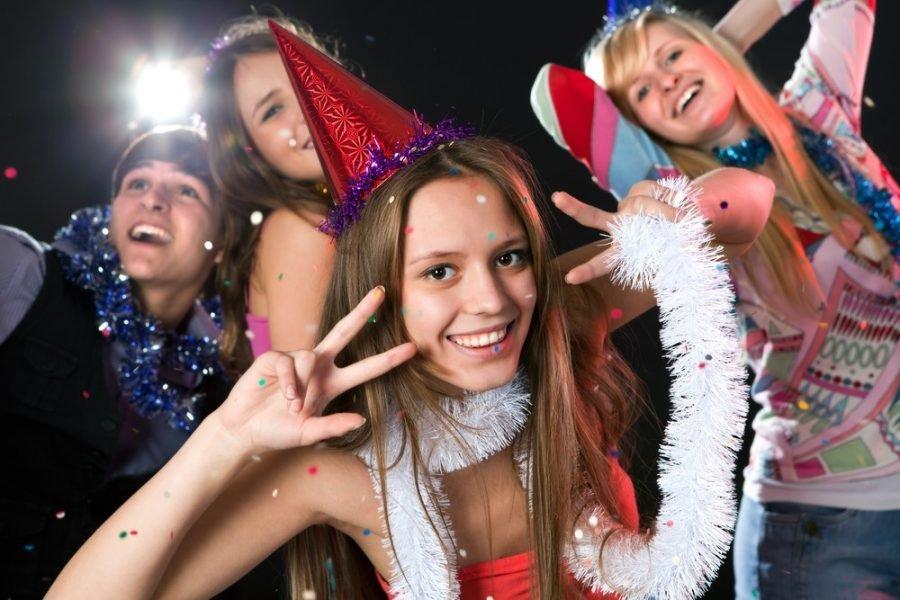 Представление для нового года для старшеклассников