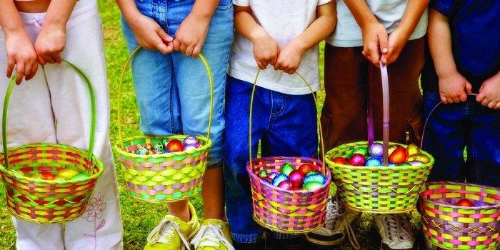 Много пасхальных яичек