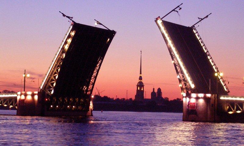 Миниатюра к статье Расписание развода мостов в Санкт-Петербурге в 2018 году