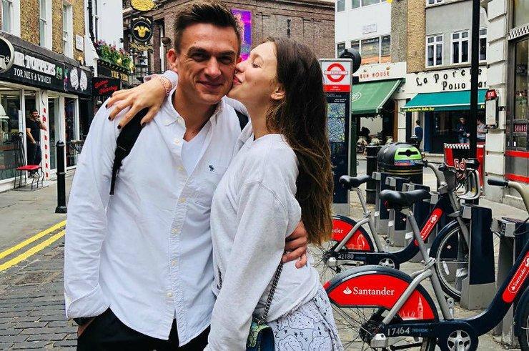 Миниатюра к статье Регина Тодоренко и Влад топалов станут родителями?