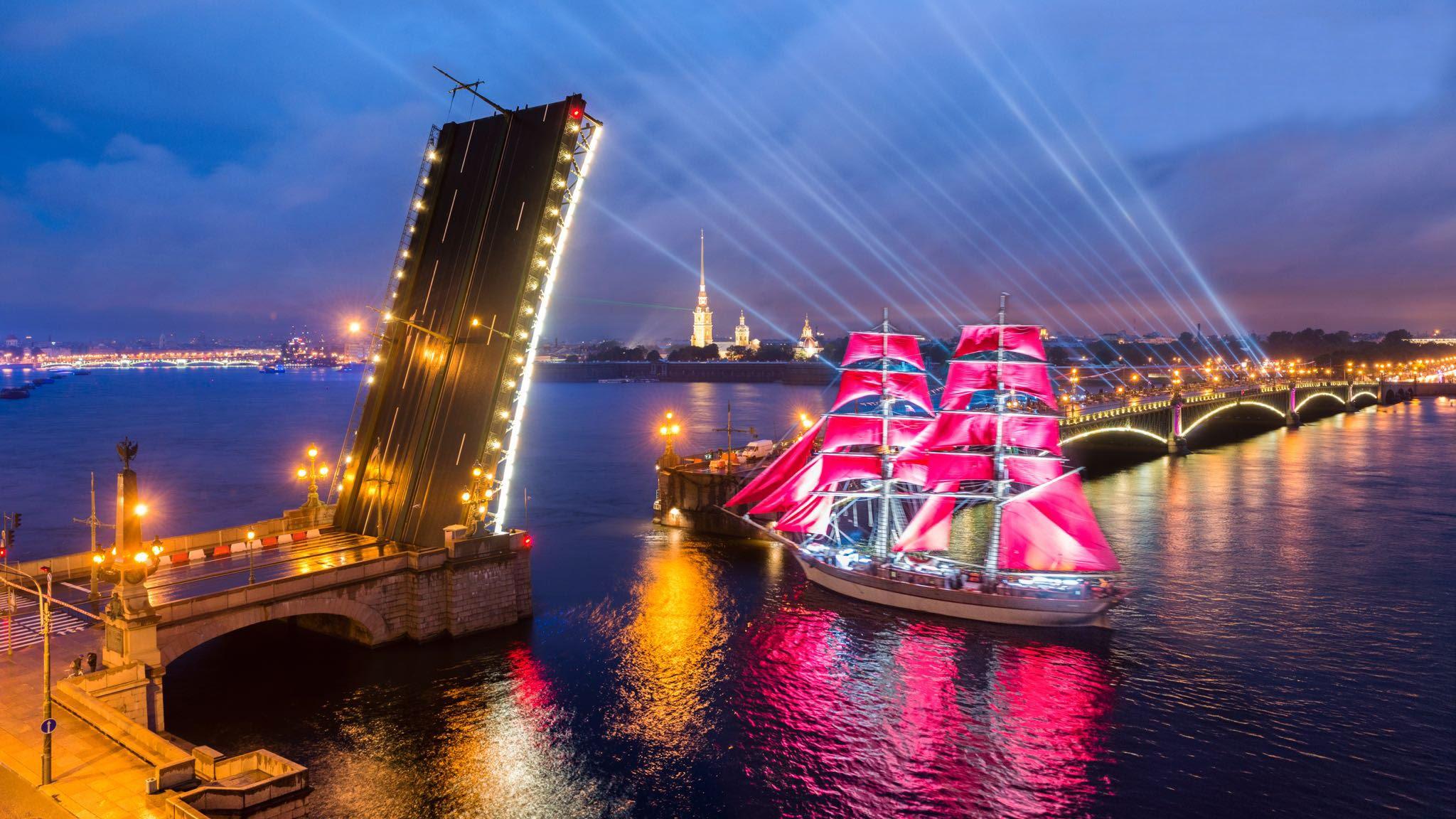 Миниатюра к статье Алые паруса в 2018 году в Санкт-Петербурге