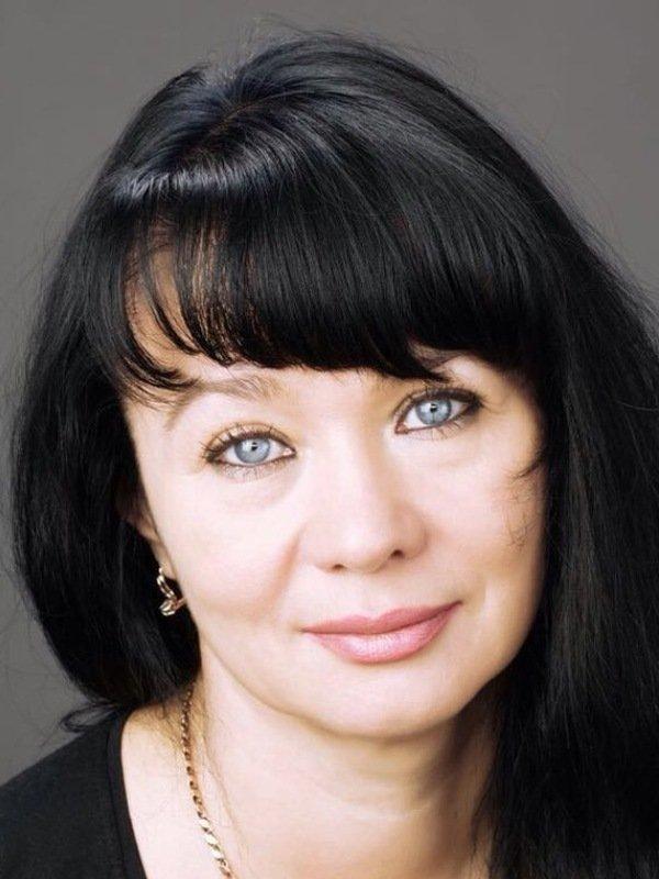 Элина Мазур - Биография
