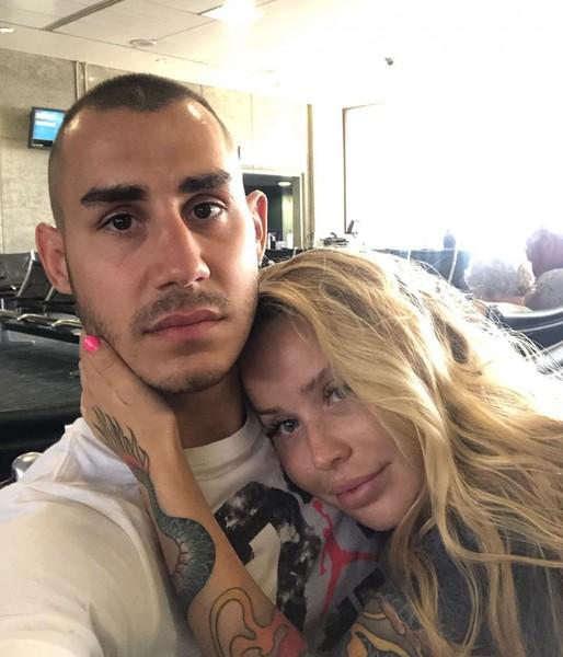 Максим Дадашев с женой