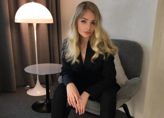 Дочь Пескова намекнула на скорый брак своим подарком возлюбленному