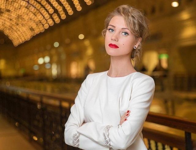 Кристина Асмус: Биография, личная жизнь, последние новости