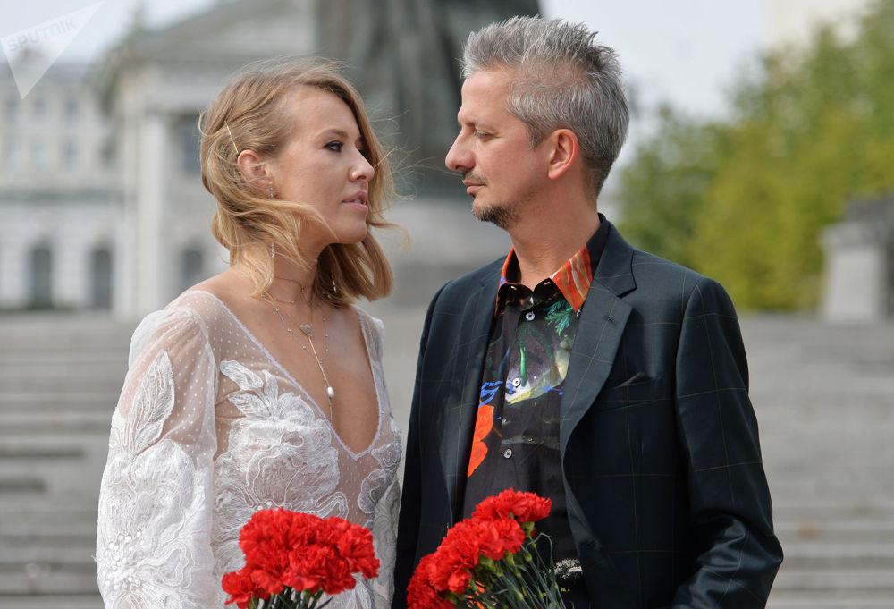 Ксения Собчак и Константин Богомолов готовятся к рождению ребенка