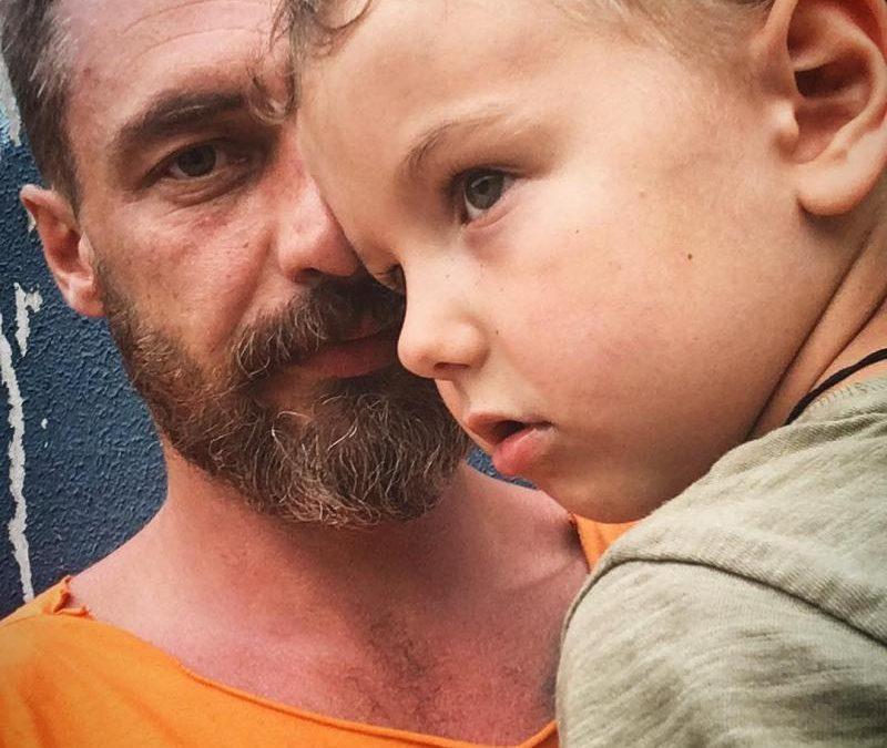 Антон Батырев с сыном
