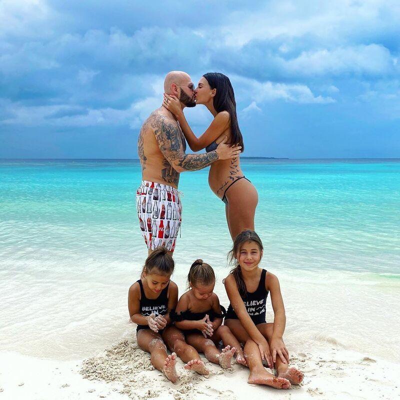 Джиган со своей семьей