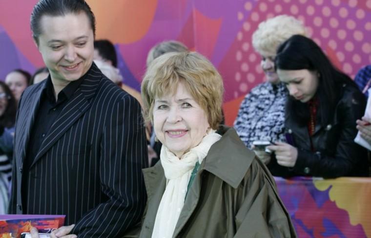 Инна Макарова с внуком Иваном Бурляевым