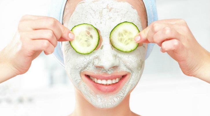 Простые рецепты приготовления различных масок для лица в домашних условиях