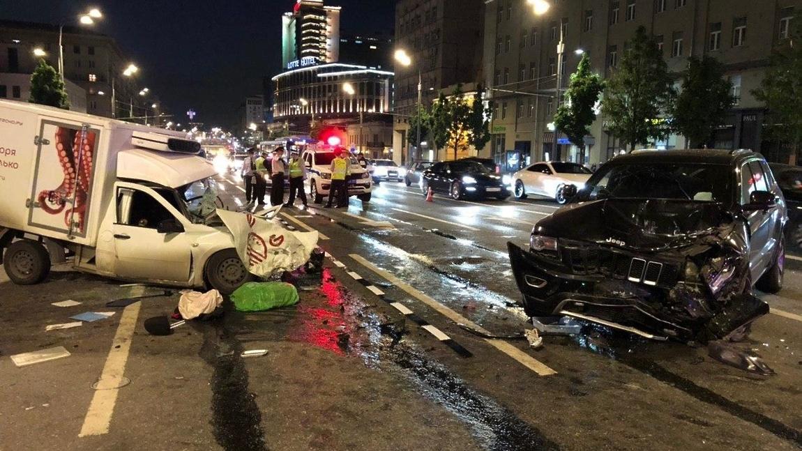 Михаил Ефремов попал в аварию