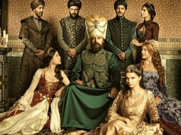 лучший сериал про короля и королеву