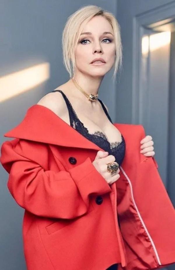 Марина Зудина: Как сейчас живет 54-летняя вдова Олега Табакова и как  выглядела до пластики - VEASY
