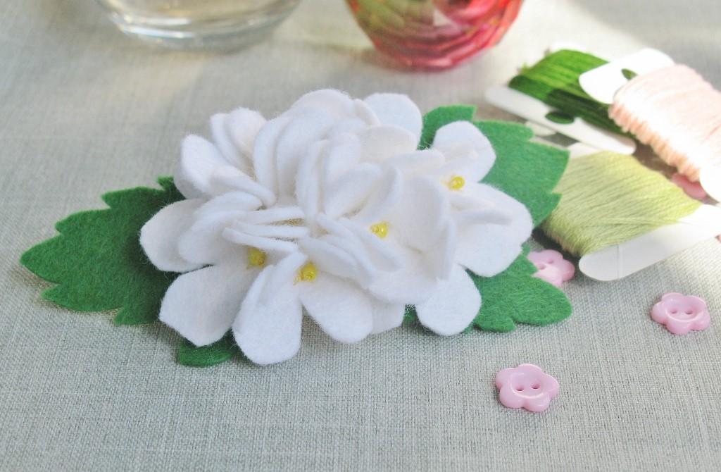 цветы из фетра своими руками 20