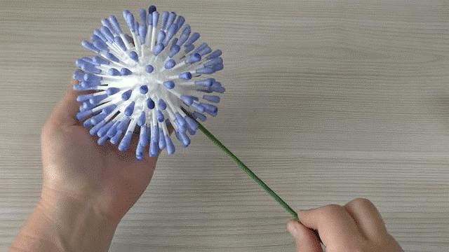 Цветы из ватных палочек