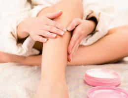 почему отекают ноги у женщин после 50