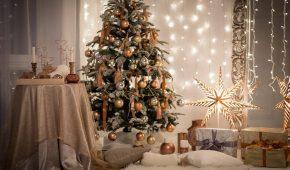 Миниатюра к статье Как украсить елку на Новый год 2019: интересные идеи